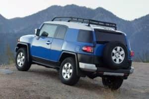 Toyota FJ Cruiser синий