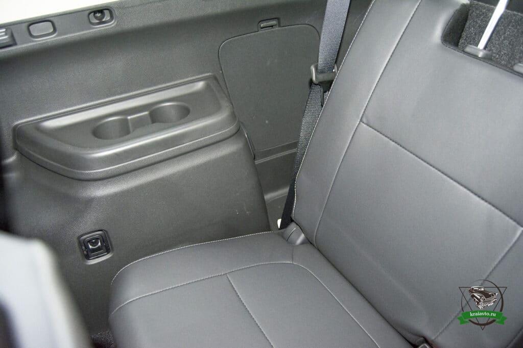 третий ряд Mitsubishi Outlander 2.4