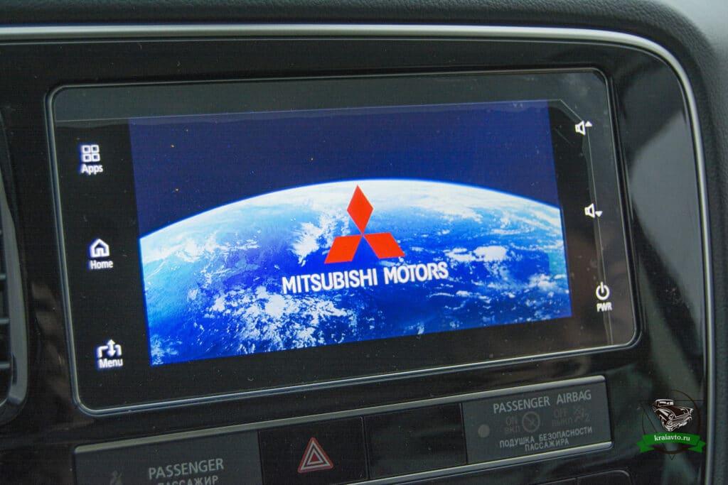 Mitsubishi Outlander мультимедиа