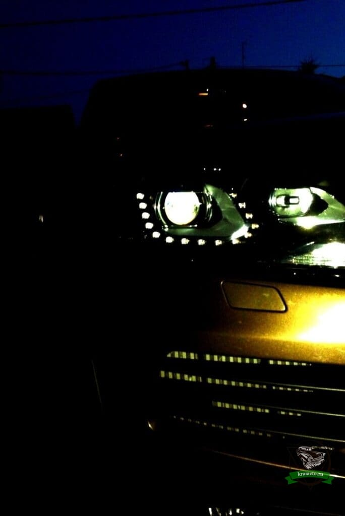 volkswagen Touareg 2010 фары