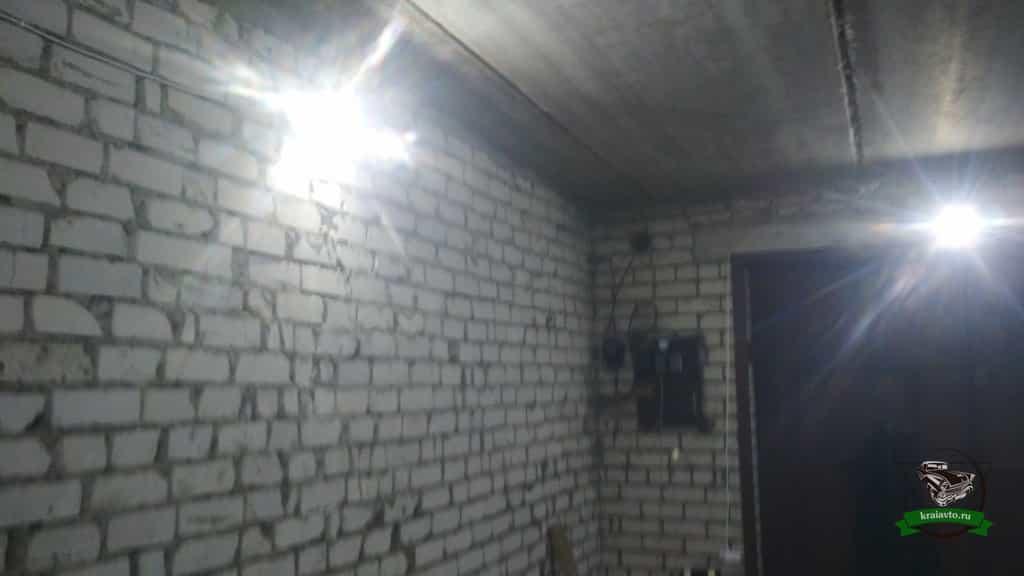4 светодиодных прожектора