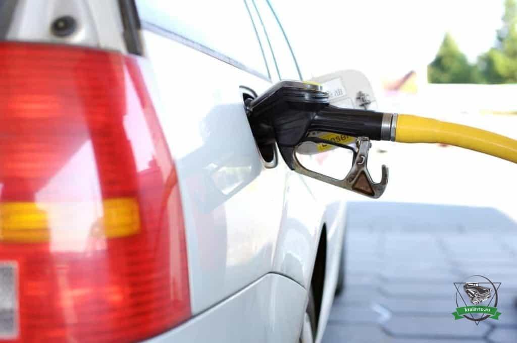 качество бензина в москве